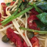 Linguini with Spinach, Sun Dried Tomatoes, Capers, Garlic and Olive Oil