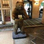 Photo de The Bear of Rodborough Hotel