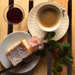Coffee, porto and cream cake