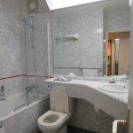 Room 206 bathroom
