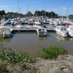Le port du Teich se situe juste à côté du centre de vacances, à 5 minustes à pied.
