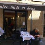 Photo of Entre Midi Et Deux