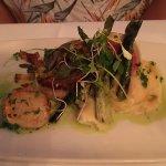 Photo de Toma Restaurant and Bar