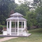 Gazebo for wedding picture taking.
