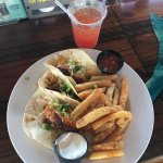 Wahoo's Bar and Grill Foto
