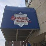 Sunshine Family Restaurant resmi