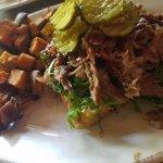 pulled pork on jalepeno cornbread