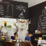 Photo de Bagel House Cafe & Bakery