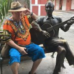 The bronze guitar player