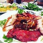 Cha sui (BBQ pork) and crispy pork 😋😋😋