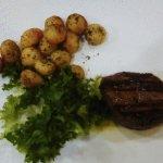 Filetto con patate arrosto