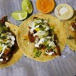 Si algo diferente quieres probar,, sentir, disfrutar a la plaza Cartagena food truck staation de