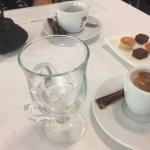 Cafes y pastitas de cortesía