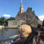 I have no idea what building or church but it's pretty and I saw it from the boat