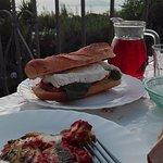 Cena in terrazza, fatta con assaggio di Parmigiana gentilmente offerto dalla mamma di Raffaella