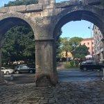 Photo of Double Gate / Twin Gate (Dvojna vrata)
