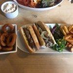 Steakwich & onion rings