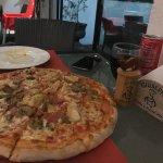 Foto de Giuseppe Pizzeria and Sicilian Roast