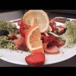 Sommer inspiriert lakse-salat.