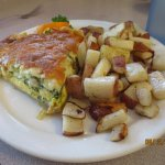spinach quiche/red potatoes