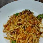 TACUN con pomodorini e maiale croccante