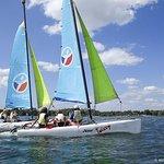 Catamaran / Voile sur le lac des Eaux Bleues