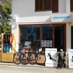 scuba diving for beginners, beach diving, snorkeling tours and bicycles
