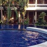 Photo de Suma Hotel Lovina Beach