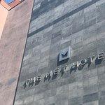 Photo de The Met Hotel