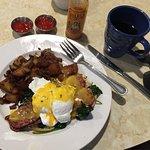 Foto de Sabrina's Cafe & Spencer's Too