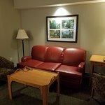 Photo de Woodlands Hotel & Suites - Colonial Williamsburg