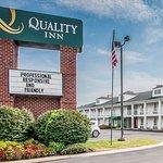 Photo of Quality Inn Gallatin