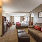 Photo de Comfort Suites Victorville