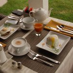 Gourmet breakfast + home made juices and smoothies and great coffe