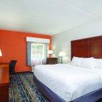Foto de La Quinta Inn & Suites Charlottesville - UVA Medical