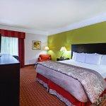 Photo of La Quinta Inn & Suites Winnie