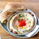 Tewa's Hummus mit Pitabrot
