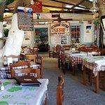 Serif Taverna Foto