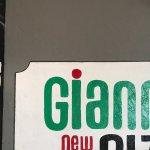 Giannis Ny Pizza
