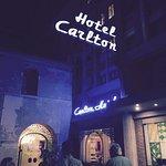 Hotel Carlton resmi