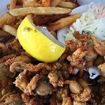 Fried whole belly clams