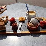 Colossal café gourmand, jugez des variétés (7€)