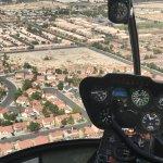 Foto de 702 Helicopters