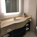 Photo de Holiday Inn Express Suites Gananoque