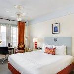 Carlton Guestroom King 01 CS2015