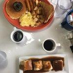 breakfast and bannock and gravy! yum!