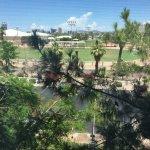 Photo de SpringHill Suites Phoenix Downtown