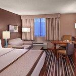 Photo de Doubletree by Hilton Hotel Akron - Fairlawn