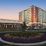Foto de Embassy Suites by Hilton Charlotte - Concord / Golf  Resort & Spa