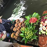 Photo de Taling Chan Floating Market
